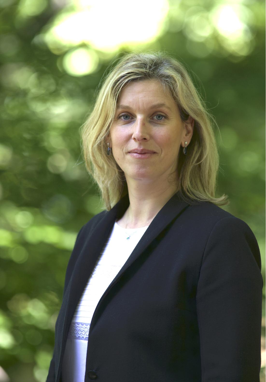 Helene Carvallo Portrait 3